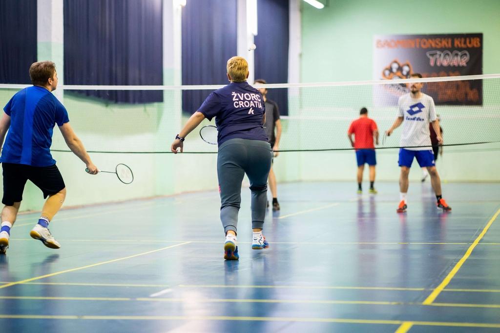 Badminton klub BK Tigar grupni trening